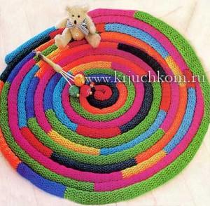оригинальные вязаные коврики крючком